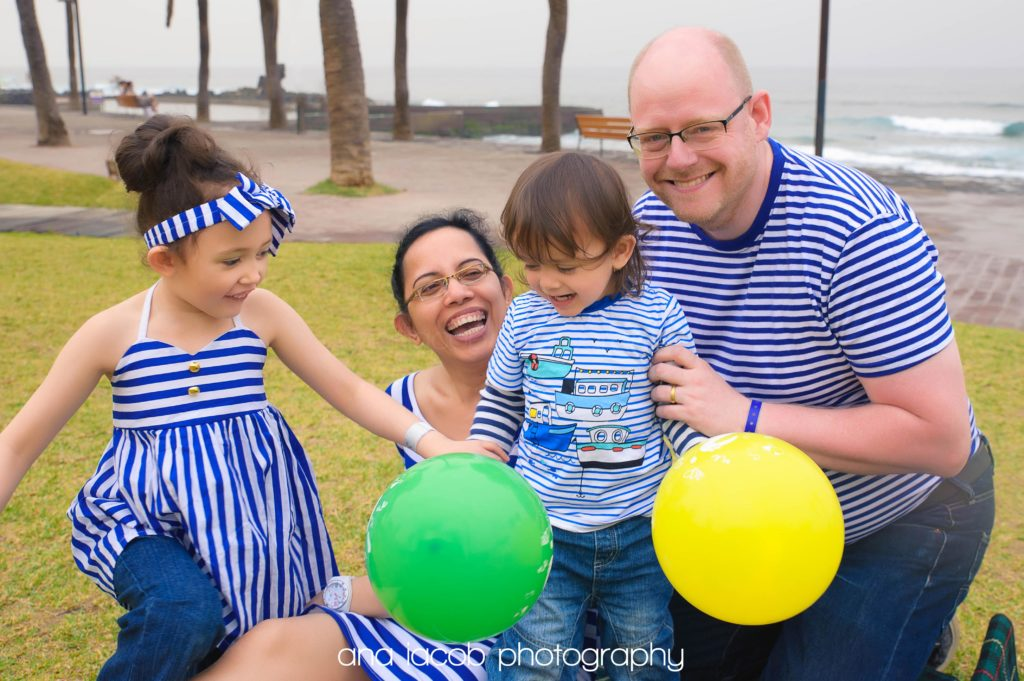 matching outfits family photography